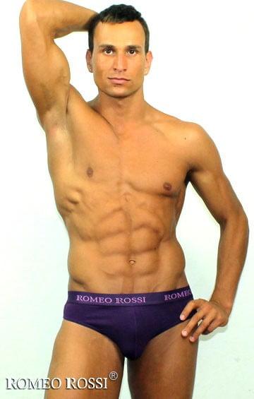 Эластичные мужские трусы брифы фиолетового цвета Romeo Rossi Briefs  R2006-5
