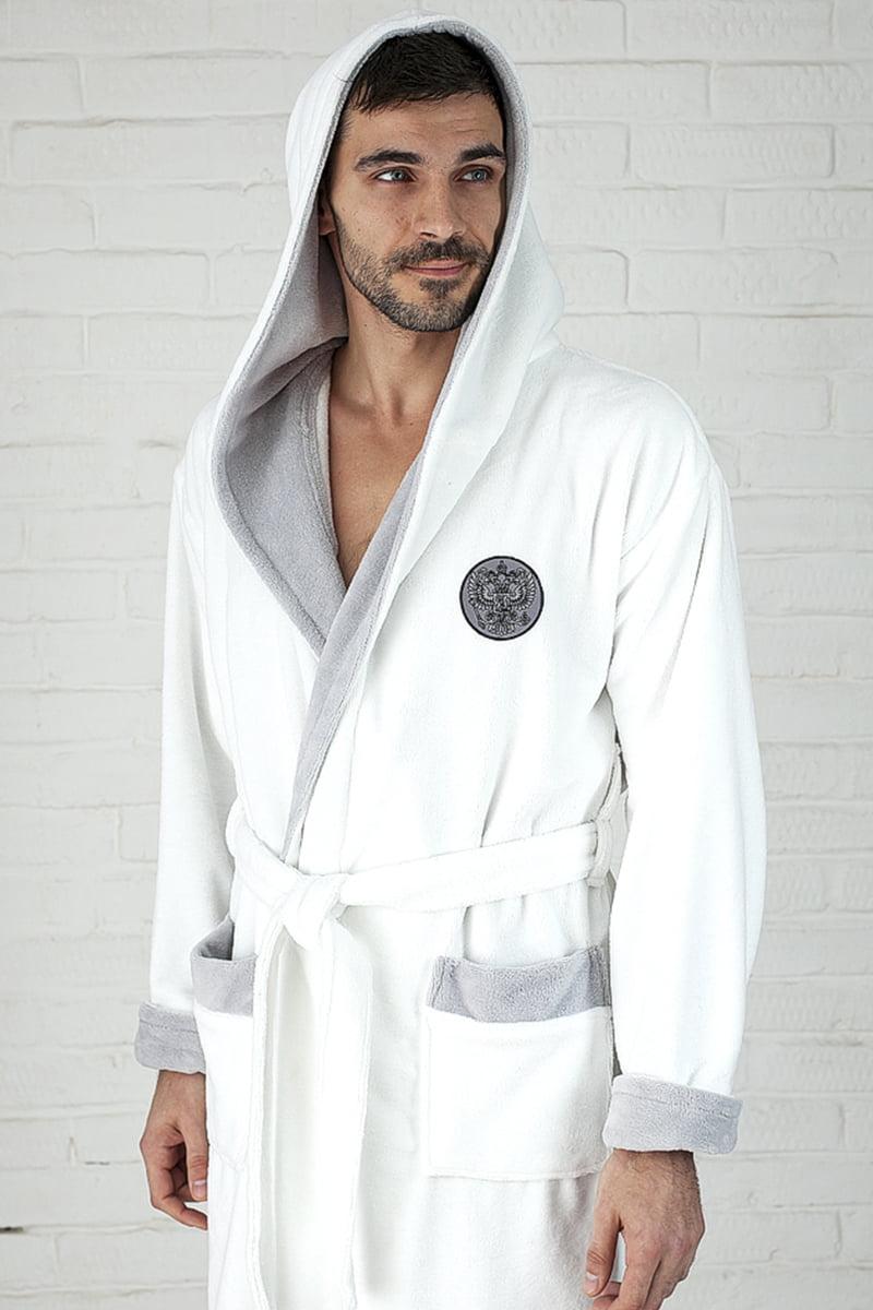Стильный белый спортивный мужской халат из бамбука с капюшоном и с нашивкой на спине, груди у рукаве Five Wien Russia белый