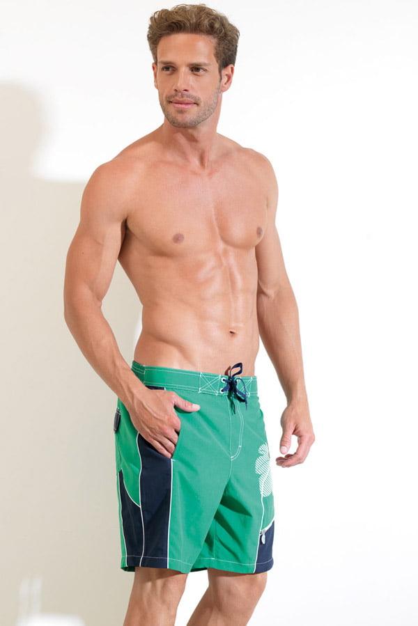 Оригинальные и удобные пляжные мужские шорты зеленого цвета BlackSpade  Beach b8026 зеленый распродажа 47eaf202b79f1