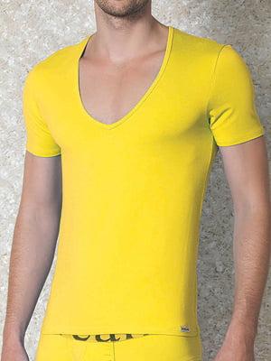 Мужская желтая футболка с широким воротником Doreanse Macho Style 2820c08
